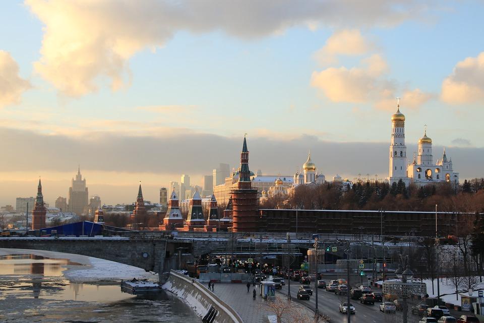 Новые правила увольнения, подорожавший «Платон» и другие изменения, которые ждут россиян в феврале