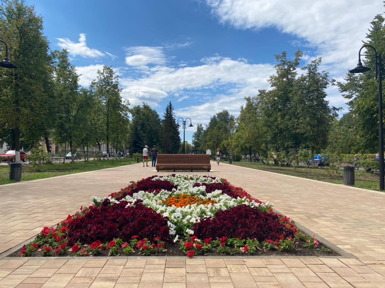 Начало нового. Как изменился сквер на бульвар Юбилейном накануне 800-летия Нижнего Новгорода - фото 1